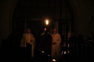 Einzug mit der Kerze